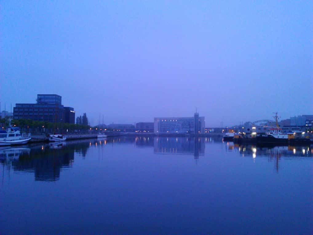 صبح در کانال کیل