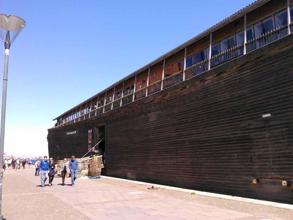 کشتی قدیمی وایکسنگی که داخلش تبدیل به موزه شده