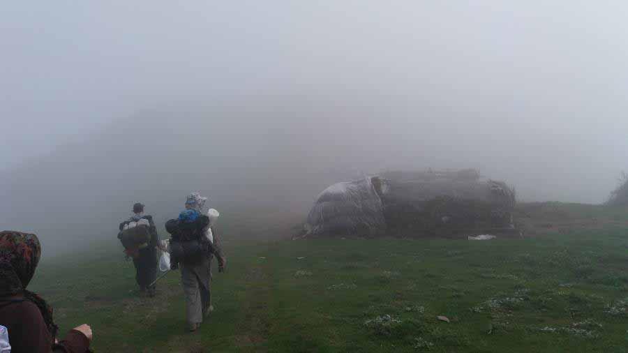 کلبه عشایر پس از فرود از قله اسپیناس