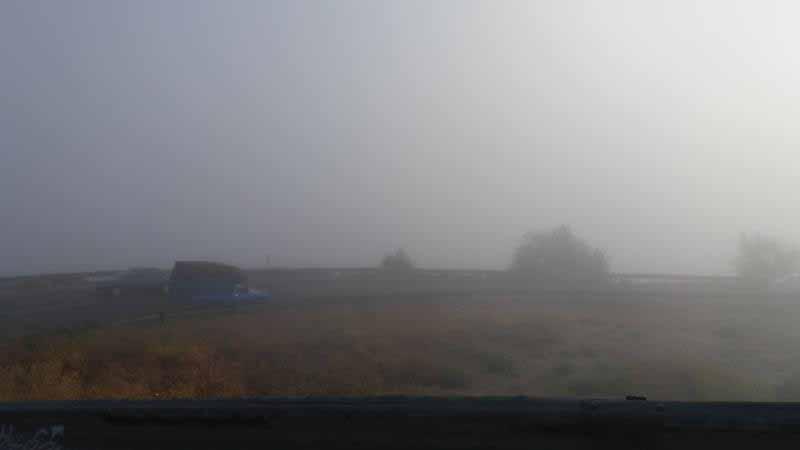 طالقان در مه صبحگاهی