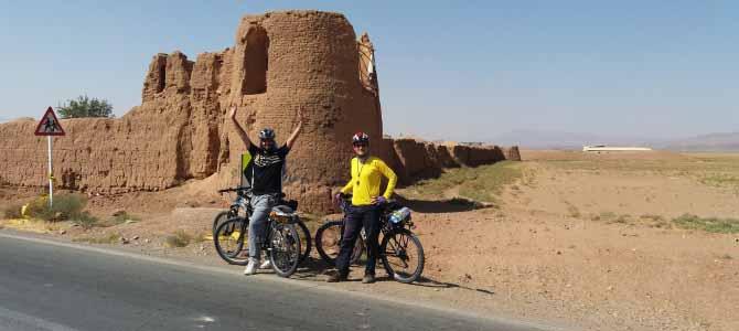 از کرج تا مامونیه ساوه – دوچرخه سواری در جاده کویری