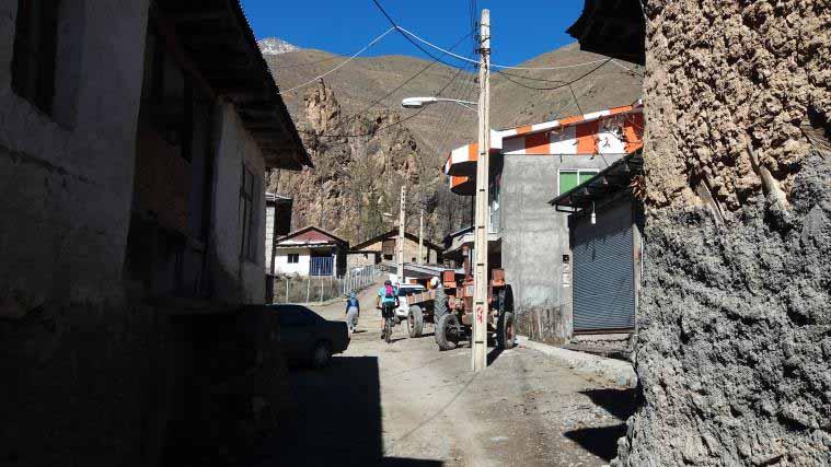 روستای دلیر